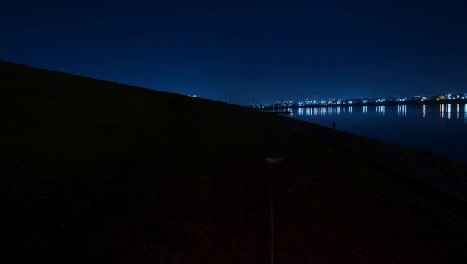クレイモア キャップオン 120Hの明るさ 赤色LED最大