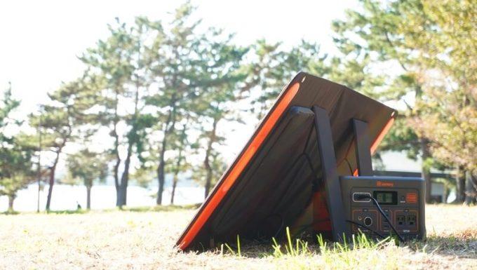 Jackeryのソーラーパネル(SolarSaga100)でJackery700を充電