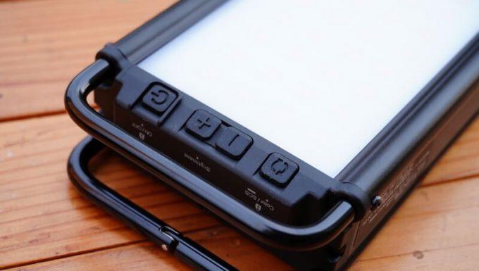 クレイモア ウルトラ 3.0 Mの操作ボタン