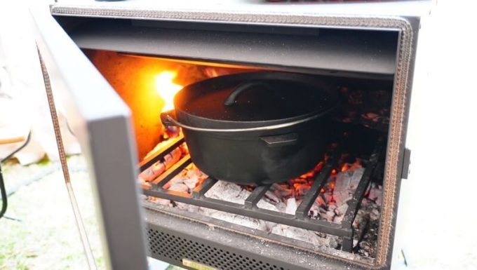薪ストーブ BLISSでダッチオーブン調理