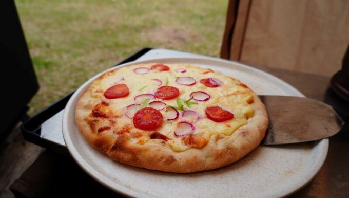 薪ストーブ BLISSで焼いたピザ