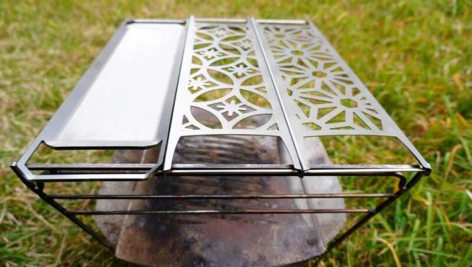 焚火台ラプカの焼き網と長尺鉄板