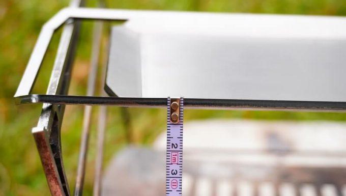 焚火台ラプカの長尺鉄板のハンドル