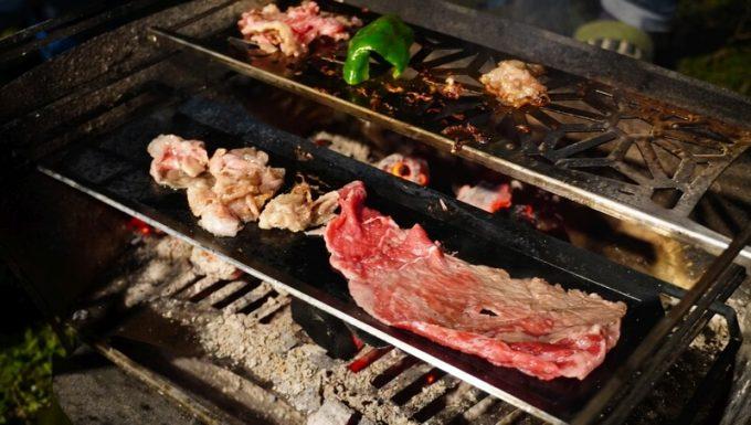 ラプカの長尺鉄板と焼き網で焼き肉