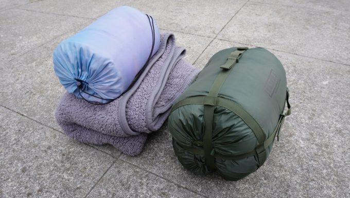スナグパック ソフティーエリート5と、3シーズン寝袋&毛布のサイズ比較