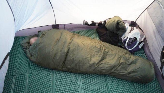 スナグパック ソフティーエリート5で大人が寝る