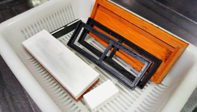 NESHEXSTの砥石セットを洗って乾燥させる