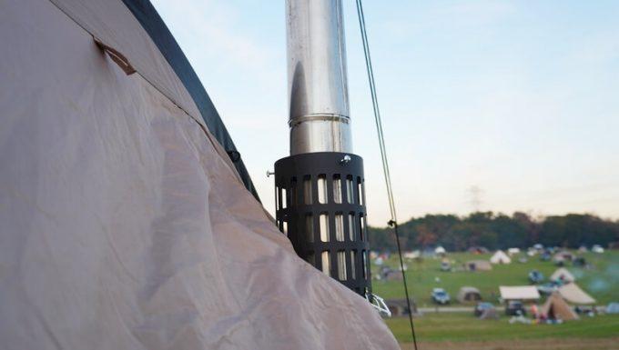 BLISSの煙突ガードを使ってテントイン