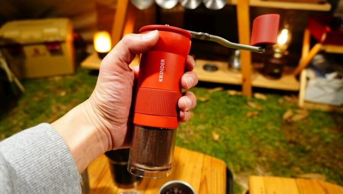 マスターマインド コールドブリュー タンプラーで水出しコーヒーを淹れる手順 コーヒーミル