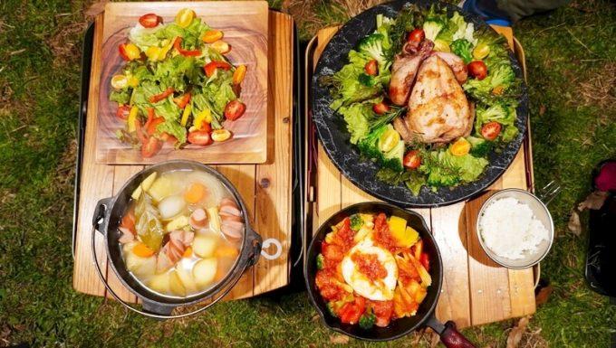 フリモ(FRIMO)の食器と丸鶏の夕飯