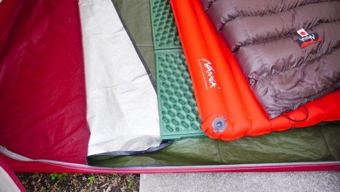 庭キャンプの装備 テント内