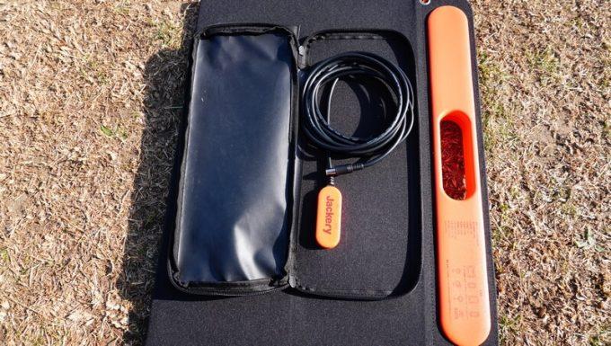 SolarSaga 60 Proのポケットの中身