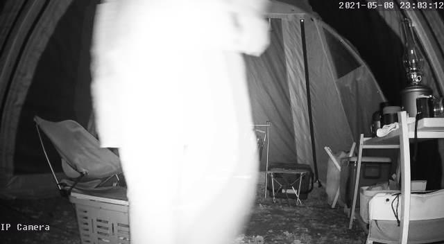 GENBOLT監視カメラ GB102Hの動体検知 夜 人物2