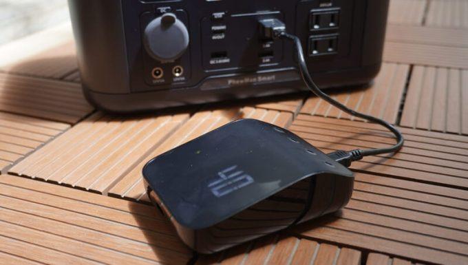 Weber Connect スマートグリルハブの内蔵電池をUSBで充電