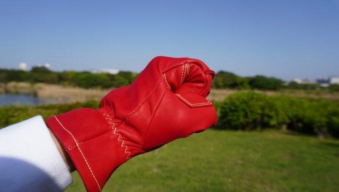 アウトドア手袋 Elmer Joy 握る