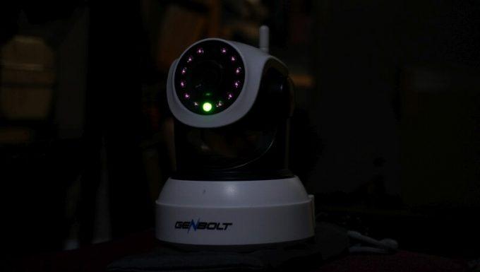 GENBOLT監視カメラ は暗視カメラで暗くても撮影できる