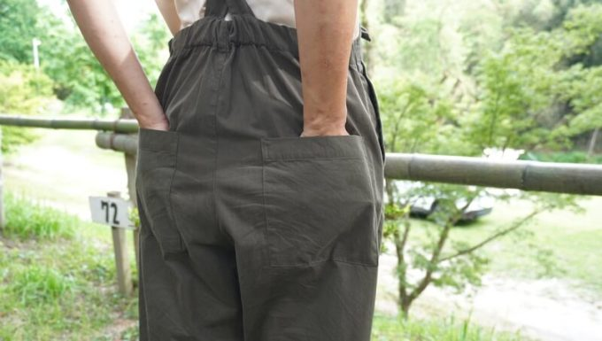 サニークラウズのウェーダーパンツの後ろポケット