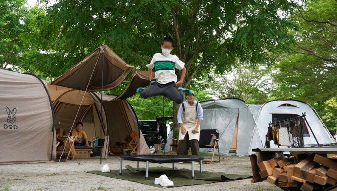REDHiLLトランポリンで跳ぶ 小学2年生