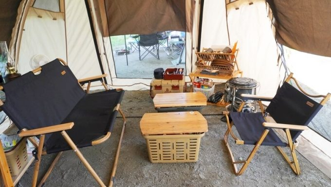 Naturehikeダブルフォールディングチェアをテント内で使う