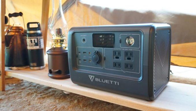 BLUETTIポータブル電源EB70 キャンプ