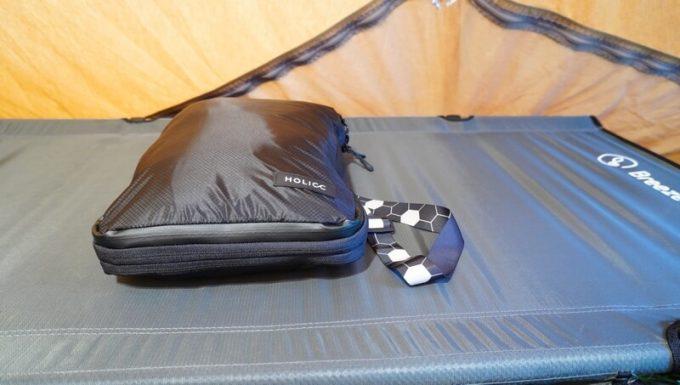 圧縮バッグ PackBag Lサイズで衣類を圧縮後