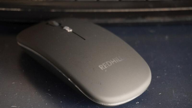 REDHiLLワイヤレスマウスの質感